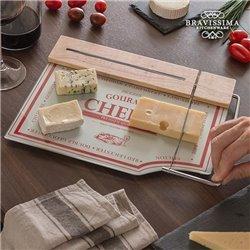 Küchenbrett mit Käseschneider