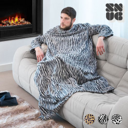 Big Tribe Snug Snug Blanket with Sleeves Leopard